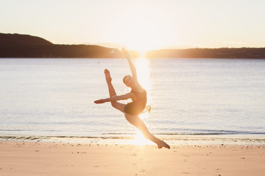 Dance photography at sunrise at Balmoral Beach by photographer Renate from PureDynamics Photography in Sydney, Manly and Northern Beaches.